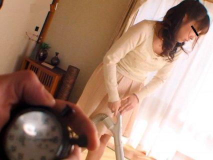 人妻の時間を止めて鬼畜男達が凌辱レイプする 画像