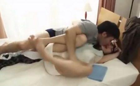 親友の妻に興奮した男が拘束してレイプしちゃう 画像