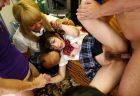 麻里梨夏 クラスメイトのDQNグループに虐めレイプされる 画像
