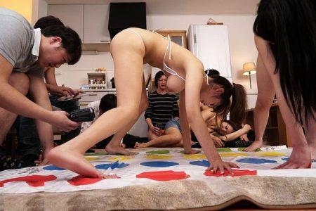 ヤリサーの王様ゲームでハメられた女子大生が輪姦レイプされる 画像
