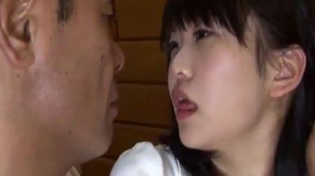 再婚相手の連れ子に興奮した鬼畜男がJKの娘をレイプする 画像