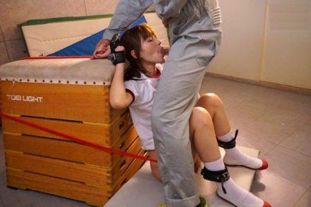 天使もえ JKが不良生徒に拘束され学校で輪姦レイプされる 画像
