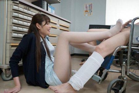 橋本ありな 痴女ナースが入院患者を誘惑してチンポ奉仕セックスする 画像
