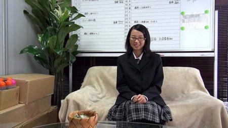 鈴木そら JK卒業し立ての素朴少女がAV面接でそのままハメられちゃう 画像