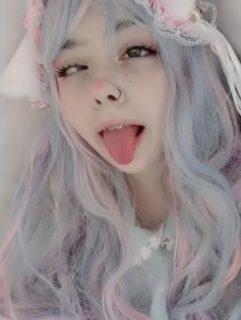 海外の美人ギャルが自撮りで恥ずかしいアヘ顔を晒すpart1 画像