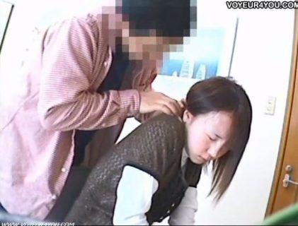 真面目な優等生JKが家庭教師にセクハラされるwww 画像