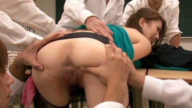 羽田あい 新人女教師が同僚教師に凌辱され輪姦レイプされる動画 画像
