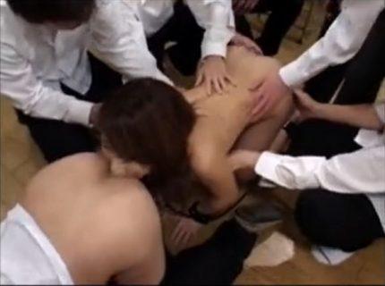 小泉キラリ 女教師が不良生徒のケツ穴を舐めさせられ性処理ペットに墜ちる動画 画像
