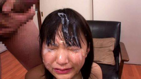 木村つな 監禁された女子校生がチンポ奉仕させられザーメンをぶっかけられる動画 画像