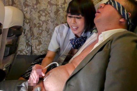 七海ゆあ 痴女JKが夜行バスで出会ったオジサンのチンポにしゃぶりついちゃう動画 画像