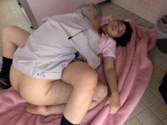 女子○生公衆トイレ鬼畜レ●プ映像(14)