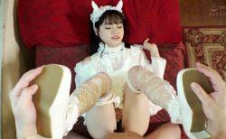 花音うらら 純潔ロリータがキモ親父に口もマンコも汚チンポで犯される動画 画像