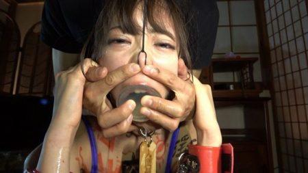 冨沢ゆりか ドM女子大生が喉奥を鬼調教されてゲロっちゃう動画 画像
