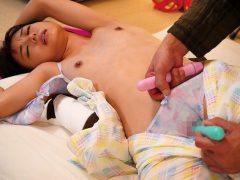 鬼畜父の性玩具 彼氏との仲を引き裂かれた制服美少女 もなみ鈴(7)
