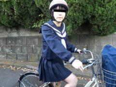 自転車通学の○学生を狙った尾行拉致野外レイプ映像(1)